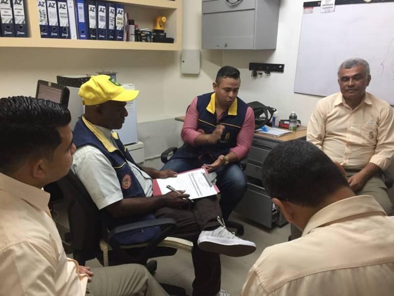 Verifican plan de gestión del riesgo de desastres en comercios de Cartagena: Verifican plan de gestión del riesgo de desastres en comercios de Cartagena