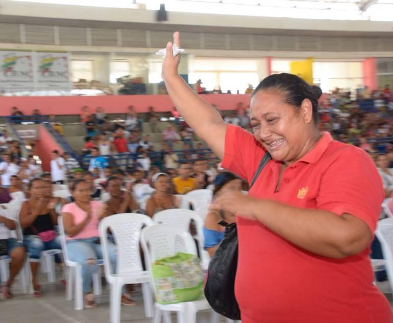 170 familias ganaron en el sorteo de viviendas gratuitas en Cartagena: 170 familias ganaron en el sorteo de viviendas gratuitas en Cartagena