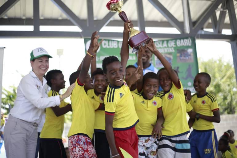 Ararca, ganador de Juegos Deportivos de la Isla de Barú en Cartagena: Ararca, ganador de Juegos Deportivos de la Isla de Barú en Cartagena