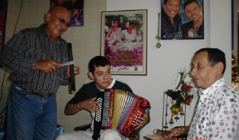 Muerte de Nacho Paredes: De luto el folclore sucreño por la muerte de Nacho Paredes