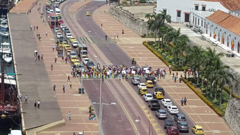Protestas Espacio Público Cartagena: Vendedores informales protestan en Cartagena por operativos de desalojo