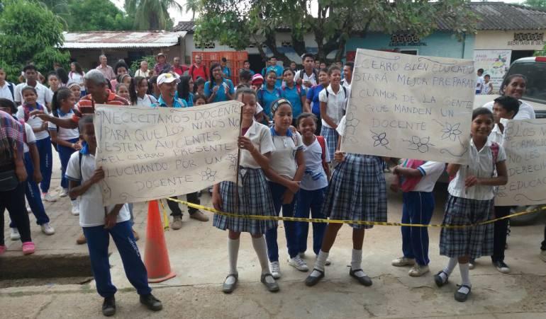 Falta de docentes en Bolívar: Alcaldía de Hatillo de Loba, Bolívar, lidera protesta por falta de docentes