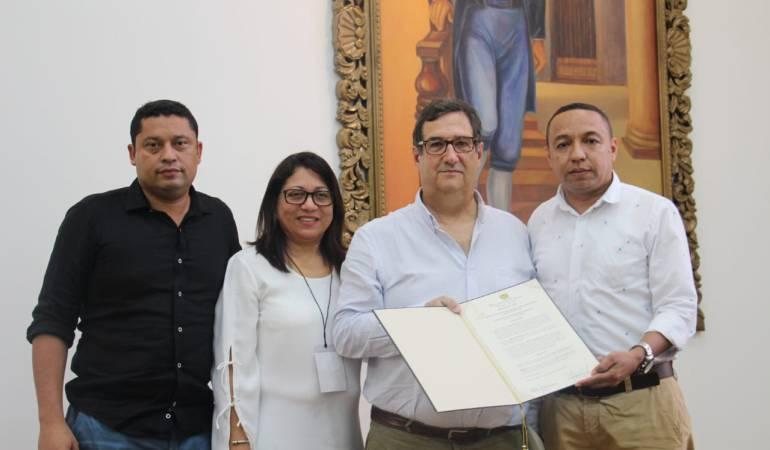 Homenaje a economistas: Universidad de Cartagena entrega reconocimiento a Adolfo Meisel Roca