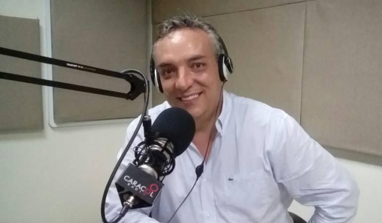 Roberto Jairo Jaramillo según la gobernación está inhabilitado porque su hermana fue secretaria de familia