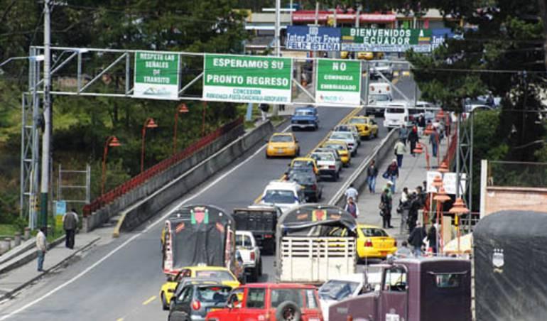 Frontera Ecuador: Temen caos en Rumichaca por exigencia de pasaporte a Venezolanos en Ecuador