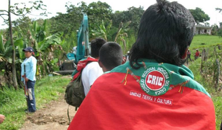 Indígenas patrullero: Indígenas en el Cauca retienen a patrullero de la policía
