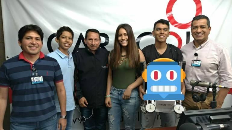 Jóvenes huilenses ganan medalla de plata en mundial de robótica