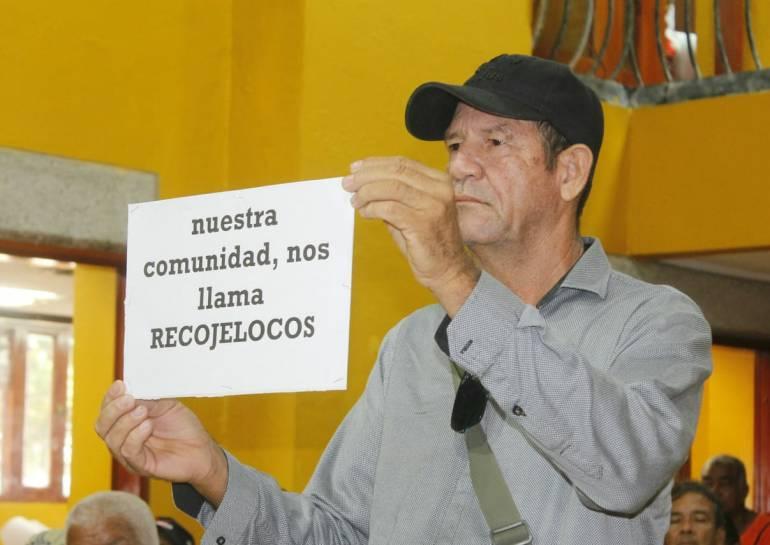 Mesa de trabajo sobre problemática de los jeep colectivos en Cartagena: Mesa de trabajo sobre problemática de los jeep colectivos en Cartagena