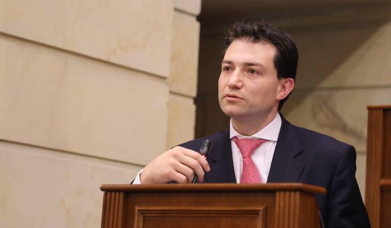 El pereirano Felipe Córdoba es el nuevo Contralor General de la República