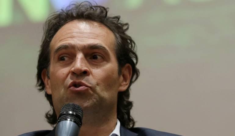 Alcalde de Medellín pide a Duque apoyo para extraditar a jefes de Bacrim
