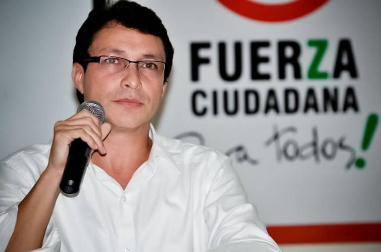 Caicedo busca frenar alza en tarifas de Electricaribe por vía judicial