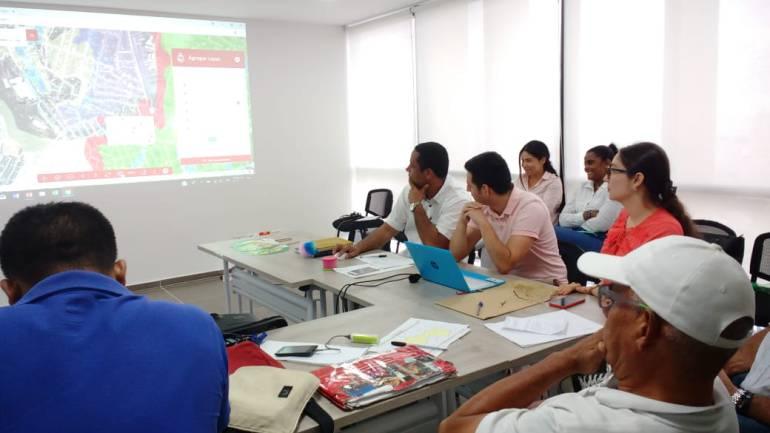 Intensifican capacitaciones sobre construcciones ilegales en Cartagena: Intensifican capacitaciones sobre construcciones ilegales en Cartagena
