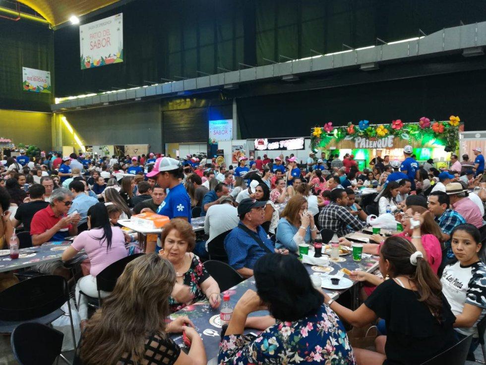Más de 25.000 visitantes llegaron al Centro de Eventos Puerta de Oro
