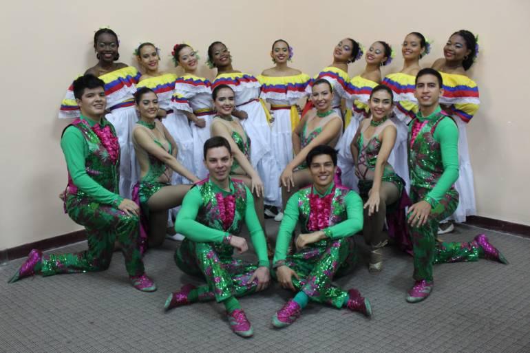 Grupo de danza de la universidad Icesi triunfa en Bolivia
