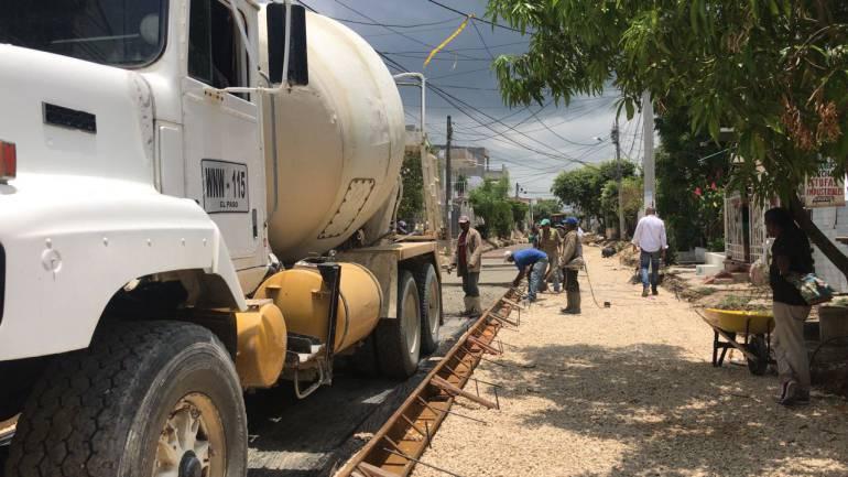 EDURBE avanza en la pavimentación en el barrio San José de los Campanos: EDURBE avanza en la pavimentación en el barrio San José de los Campanos
