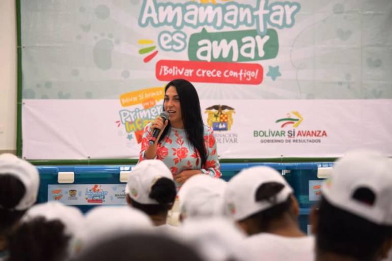 Amamantar es amar se toma Cartagena: Amamantar es amar se toma Cartagena