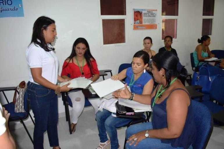"""En Arjona se realizó el taller """"Mi Red Sí Avanza"""": En Arjona se realizó el taller """"Mi Red Sí Avanza"""""""