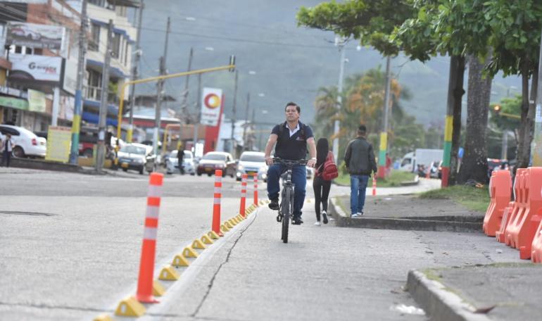 Bicicarril de la avenida Ferrocarril en Ibagué