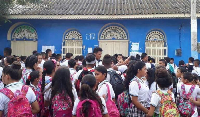 Transporte escolar Sucre: Estudiantes de zona rural de Chalan, Sucre, exigen transporte escolar