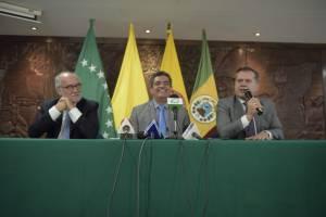 Guido Echeverry, gobernador Caldas, Carlos Eduardo Osorio gobernador Risaralda y Sigifredo Salazar gobernador Risaralda