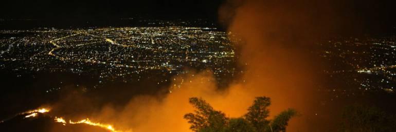 Incendios Forestales: Incendios forestales tienen en jaque a organismos de socorro en Cali