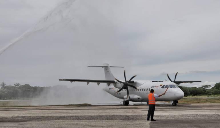Aeropuertos en Cartagena: Aterrizó el primer vuelo en el remodelado aeropuerto de Mompox, Bolívar