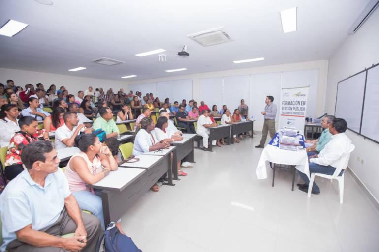 Ecopetrol formó 78 líderes de Cartagena en Gestión desarrollo comunitario: Ecopetrol formó 78 líderes de Cartagena en Gestión desarrollo comunitario