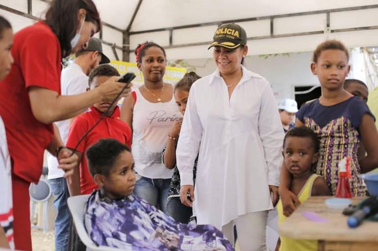 """""""Alcaldesa, gracias, nos sentíamos olvidados"""", comunidad de Isla de León: """"Alcaldesa, gracias, nos sentíamos olvidados"""", comunidad de Isla de León"""