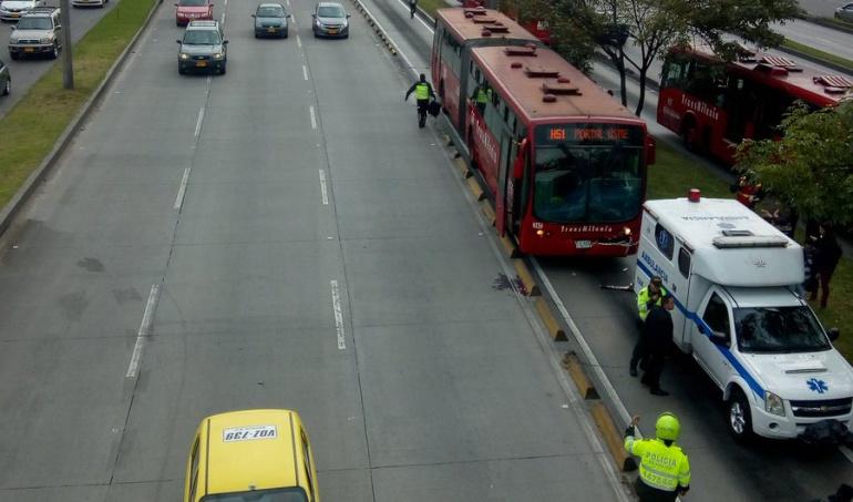 Accidentes transmilenio: Ambulancia de Presidencia se choca con dos Transmilenios
