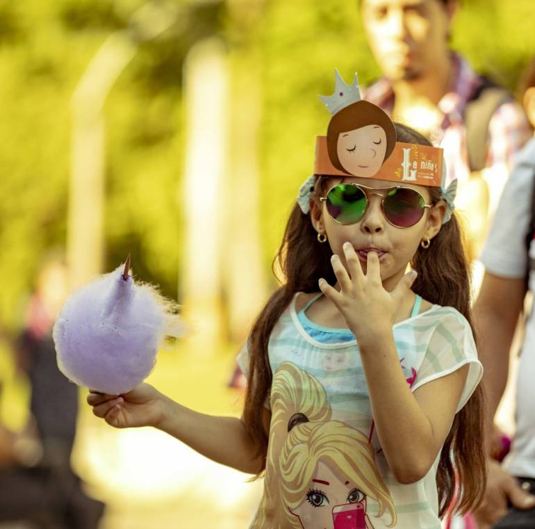 Encuentro de monstruos en la Feria del libro en Medellín