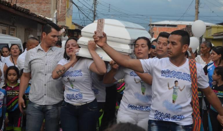 Marcha El Cerrito: El Cerrito marchó con el cuerpo de niño asesinado