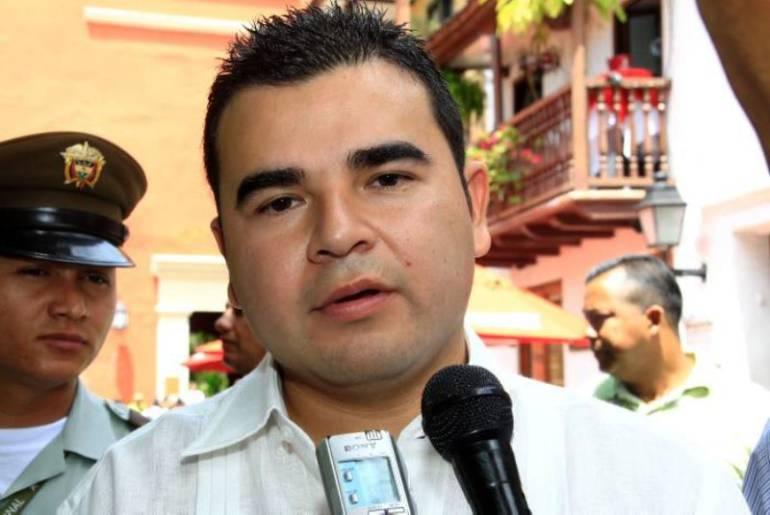 Cambiarían defensa del excongresista Héctor Julio Alfonso López: Cambiarían defensa del excongresista Héctor Julio Alfonso López