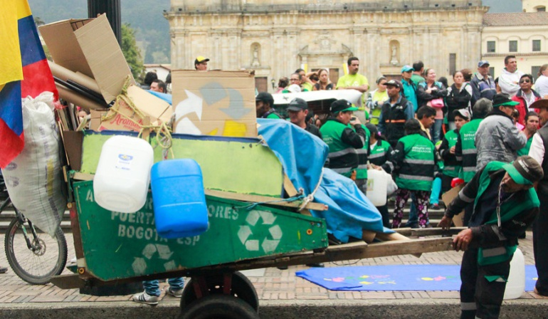 Reciclaje basura: Entregan nueva bodega para recicladores en Bogotá