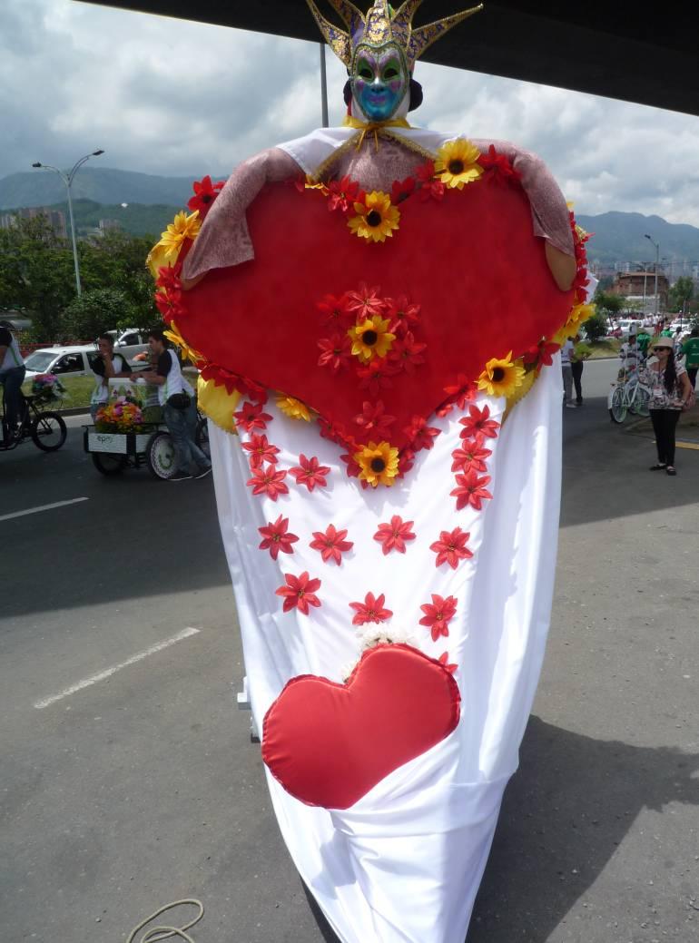 venta, amor y amistad, fecha, economía: A 200 mil millones llegarían venta en Antioquia por Amor y Amistad