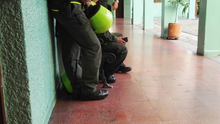 policías, capturados, Gaula, Sipol, Terraza, Robledo, combos, bandas,: Policías de Gaula y Sipol, eran aliados de bandas criminales en Medellín