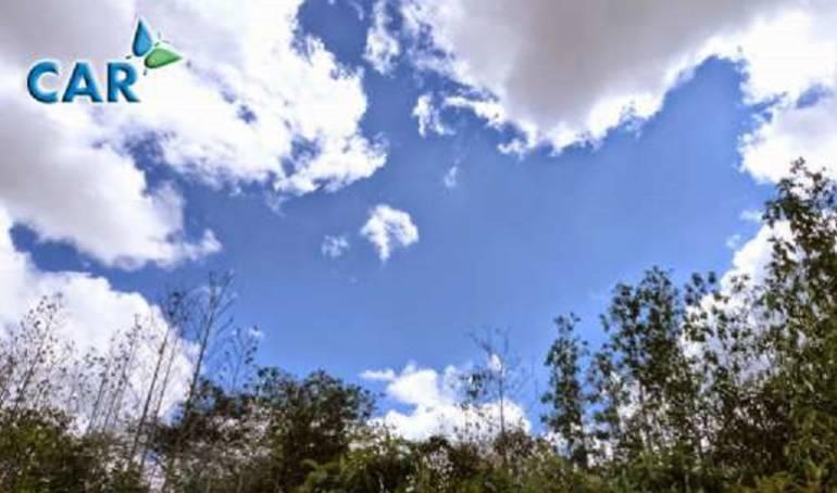 Cielo despejado en la Reserva Van Der Hammen.