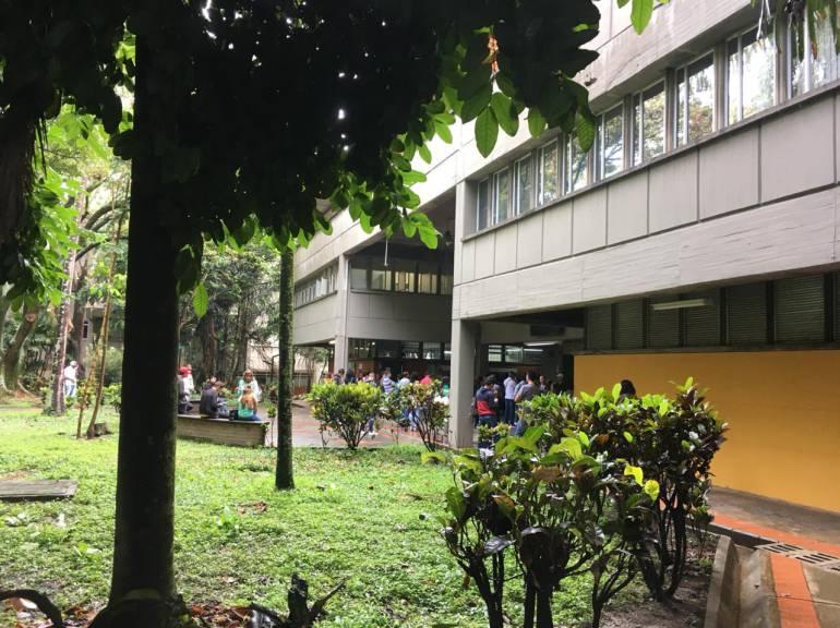 ADMISIONES UNIVERSIDAD NACIONAL MEDELLÍN: Más de nueve mil jóvenes buscan un cupo en la U.N. Sede Medellín