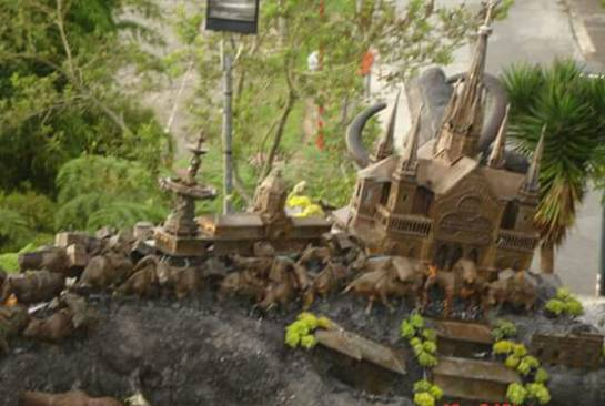 Monumento a Los Colonizadores en el barrio Chipre de Manizales