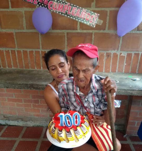 Violencia: Adulto mayor de 100 años en delicado estado de salud tras ataque violento