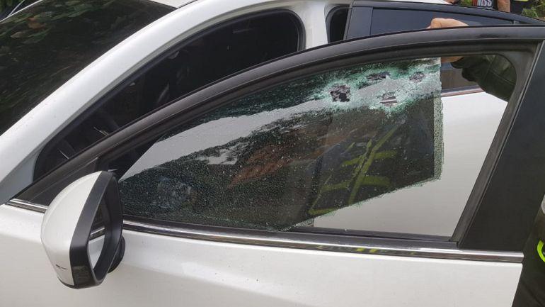 Atentado sicarial en Ciudad Jardín en Cali: En atentado sicarial, herido hombre junto a su hija de once años