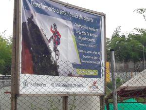 Padres de familia y bicicrosistas se mostraron desconcertados con los avances de la pista