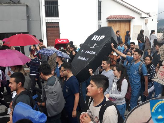 Protestas estudiantiles en Manizales: 20 mil personas en Manizales exigieron recursos para la educación pública