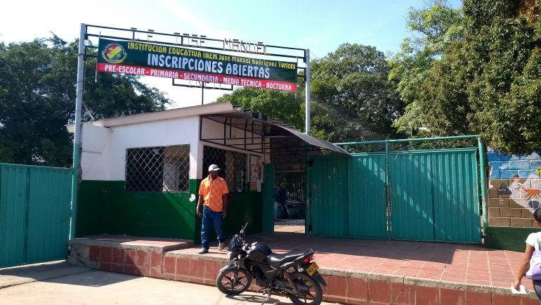 Colegios sin energía en Cartagena: Colegio Inem de Cartagena completa 3 días sin energía