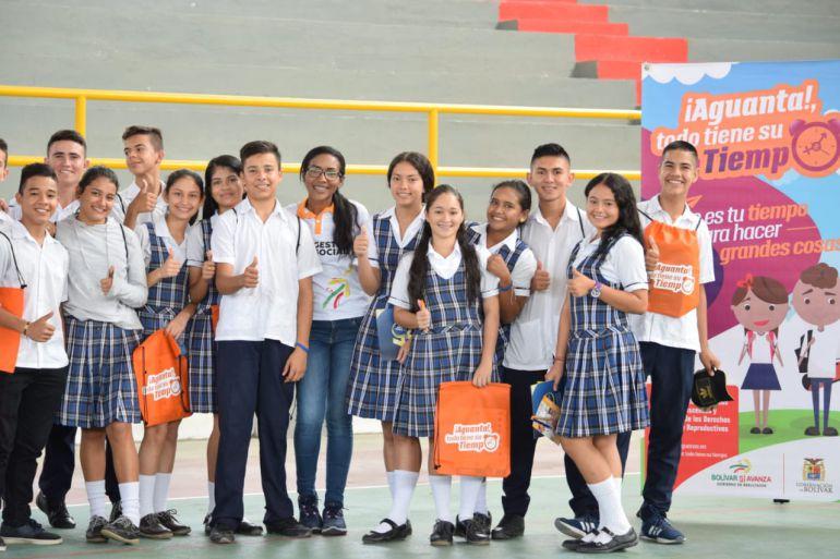"Ofertas institucionales: Culminó en Santa Rosa del Sur, Feria Institucional ""Bolívar Sí Avanza"""