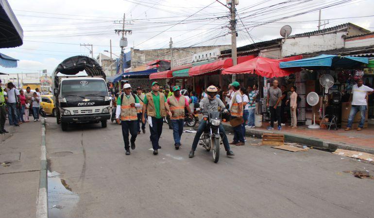 Invasión Espacio Público en Cartagena: Controles de Espacio Público en San Andresito y Bazurto en Cartagena