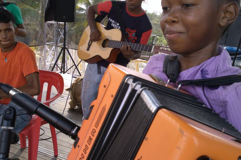 FIESTAS, ANTIOQUIA, RUMBAS, MUNICIPIOS, PUENTE, RAZA.: Antioquia tiene fiestas en 22 municipios en el puente de la raza