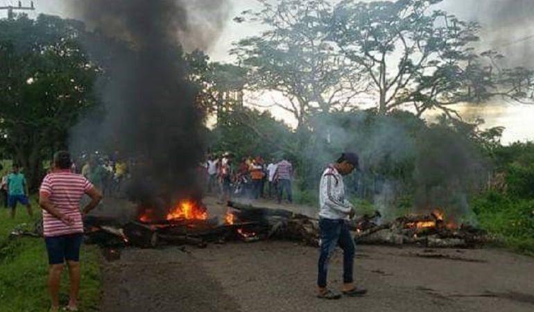 Bloqueos vías Córdoba.: Bloqueo de vía en Córdoba por abandono estatal