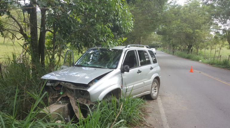 ACCIEDENTE, MUERTO, HERIDOS, ANDES, SACERDOTE, ANTIOQUIA: Sacerdote de Andes conducía vehículo accidentado