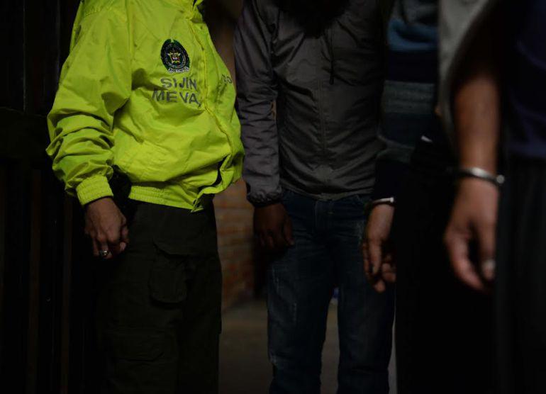 CÁRCEL, DROGA, DISTRIBUIDORES: A la cárcel distribuidores de estupefacientes en el Parque Lleras