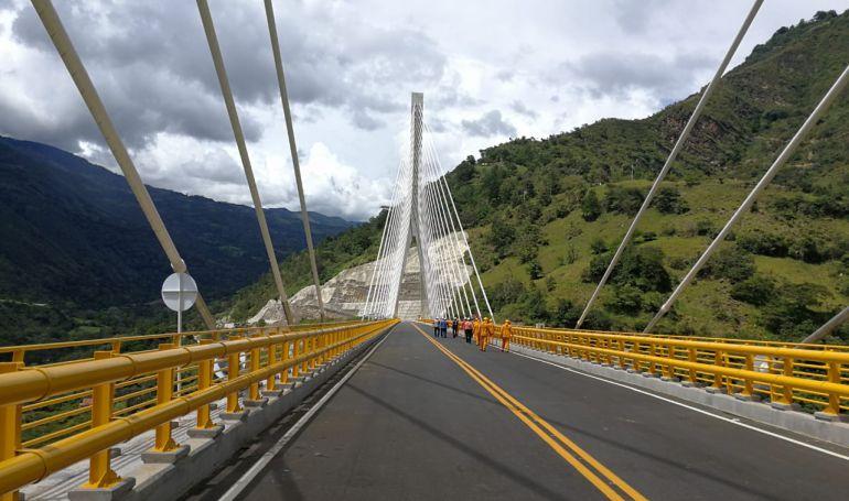 Puente más alto en Sudamérica se